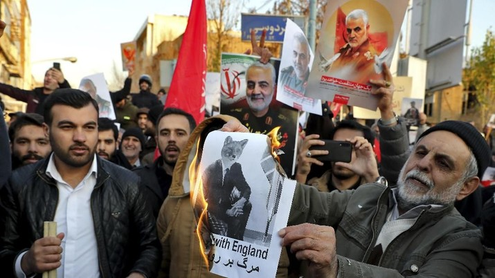 Iran kembali menegaskan AS-Eropa harus angkat kaki dari Timur Tengah.