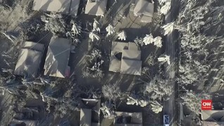 VIDEO: Abu Gunung Taal Selimuti Rumah dan Jalan di Filipina