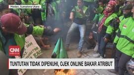 VIDEO: Tuntutan Tidak Dipenuhi, Ojek Online Bakar Atribut