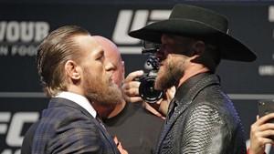 FOTO: McGregor vs Cerrone Tanpa Kata-kata Kotor