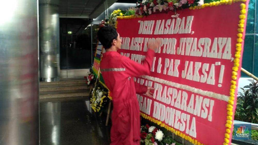 Semua menyampaikan dukungan kepada Menteri BUMN Erick Thohir untuk membereskan skandal Jiwasraya.