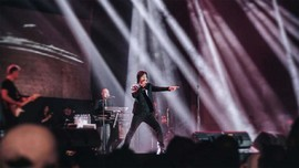 Mistikus Cinta Tutup Sesi Pertama Konser Dewa 19 di Bandung