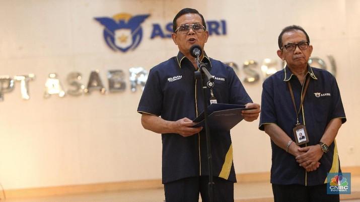 Manajemen PT Asabri (Persero) menegaskan bahwa penurunan nilai investasi Asabri terutama karena anjloknya saham dan reksa dana.