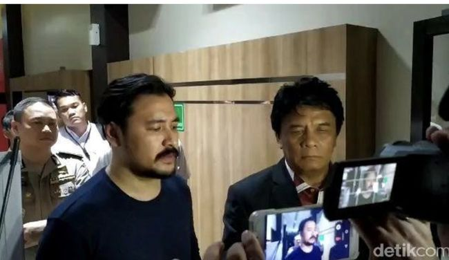 Waduh Penyanyi Ello Jadi Korban Investasi Bodong