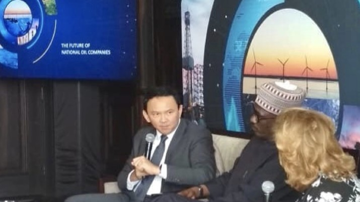 Ahok jadi pembicara di Abu Dhabi, memamerkan terobosan RI di sektor energi terutama pemanfaatan biodiesel.