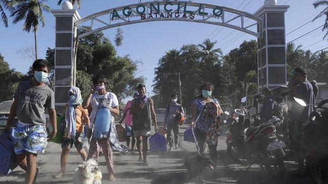 Warga 3 Provinsi Mengungsi Akibat Erupsi Gunung Taal