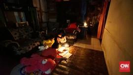 CT Arsa Foundation Bantu Desa Kena Longsor jadi Terang Lagi
