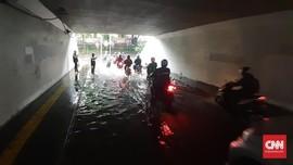 Genangan Terlihat di Sebagian Daerah Usai Hujan Guyur Jakarta