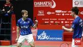 Kevin/Marcus mampu menghentikan perlawanan Ahsan/Hendra dengan skor 21-15, 21-16. (CNN Indonesia/Andry Novelino)