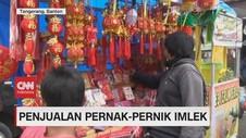 VIDEO: Pedagang Pernak-pernik Imlek Raup Keuntungan Berlipat