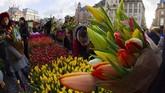 Belanda merupakan produsen tulip terbesar di dunia dan bisnis bunga ini meningkatkan perekonomian warganya. (AP Photo/Peter Dejong)