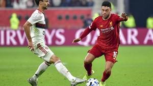 Oxlade-Chamberlain Mengamuk di Bangku Cadangan Liverpool
