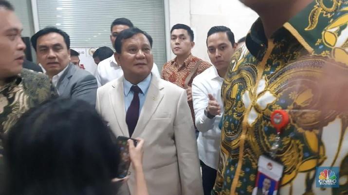 Hal tersebut disampaikan Prabowo usai rapat dengan Komisi I Dewan Perwakilan Rakyat (DPR) hari ini.