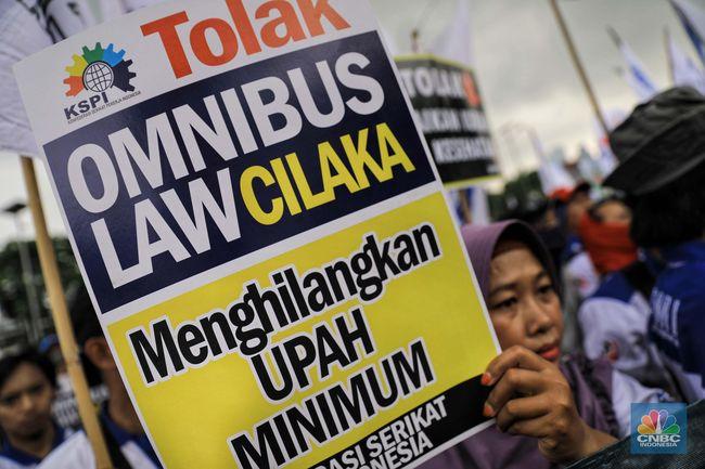 Omnibus Law Cilaka Misterius Bocoran Yang Beredar Hoaks
