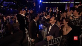 VIDEO: Tawa dan Kejutan di Panggung SAG Awards 2020