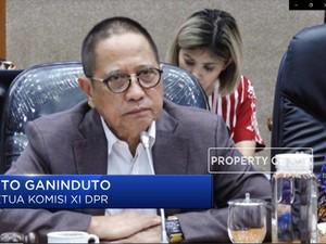 Komisi XI Usul Fungsi OJK  Dikembalikan ke BI dan Bapepam-LK