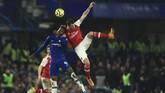 Chelsea dan Arsenal menjalani laga derbi London di Stadion Stamford Bridge. Tuan rumah berupaya menambah poin untuk mengamankan tempat di zona empat besar, sedangkan tim tamu butuh angka untuk kembali ke papan atas. (AP Photo/Leila Coker)