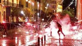 FOTO: Amarah Warga Libanon Tolak Kabinet Baru