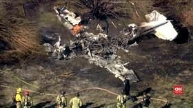 VIDEO: Pesawat Jatuh, 4 Orang Tewas