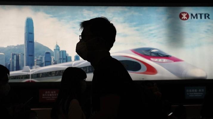 Hong Kong Terkena Corona. (AP Photo/Kin Cheung)