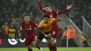 West Ham Patut Tiru Wolves Repotkan Liverpool