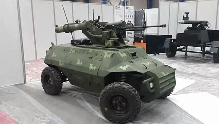 Teknologi robot saat ini mendapat perkembangan yang yang sangat pesat, salah satunya digunakan dalam bidang pertahanan negara.