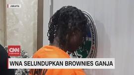 VIDEO: WNA Selundupkan Brownies Ganja