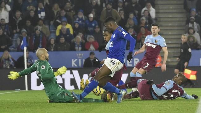 Leicester meraih kemenangan telak 4-1 atas West Ham United di Stadion King Power. (AP Photo/Rui Vieira)