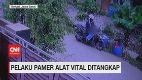 VIDEO: Pengendara Motor Pelaku Pamer Alat Vital Ditangkap