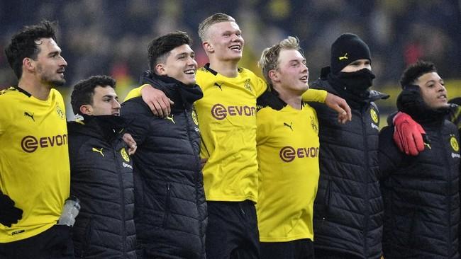 Erling Haaland mengukir rekor baru di Bundesliga sebagai pemain yang mampu mencetak 5 gol dari dua pertandingan awalnya di Liga Jerman. (AP Photo/Martin Meissner)