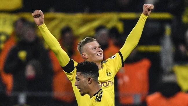 Striker berusia 19 tahun itu sukses mencetak gol ke gawang FC Koln setelah 12 menit di lapangan sekaligus memperlebar keunggulan Dortmund menjadi 4-1. (AP Photo/Martin Meissner)