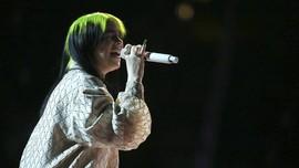 Billie Eilish Cetak Sejarah Sebagai Penerima Grammy Termuda