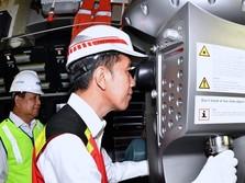 Aksi Jokowi, Prabowo, Luhut di Perut Kapal Selam Made in RI