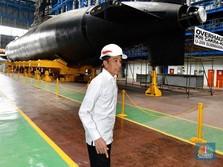 Perintah Jokowi di Kapal Selam RI: Kurangi Impor Alutsista!