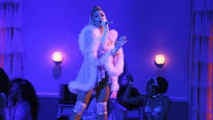 Ariana Grande Kalah Telak di Grammy Awards 2020