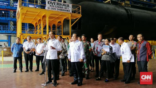 Tinjau Kapal Selam Alugoro, Jokowi Adopsi Pertahanan Siber