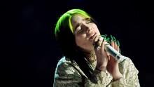 Billie Eilish Curi Perhatian Lewat Aksi No Time To Die