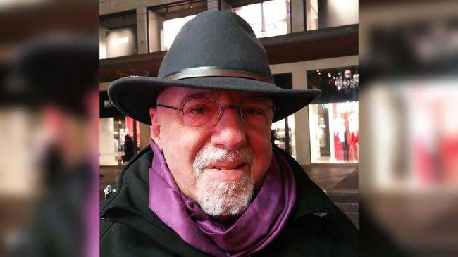 Paulo Coelho Hapus Draf Buku Kolaborasi dengan Kobe Bryant