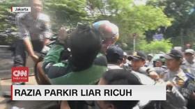 VIDEO: Petugas Dishub dan Ojol Nyaris Baku Hantam