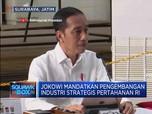 Begini Gaya Jokowi Pimpin Ratas di Bawah Kapal Selam