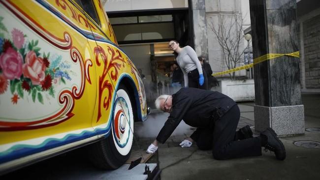 Mobil disumbangkan ke Museum Desain Cooper-Hewitt sebelumya akhirnya dilelang pada 1985 dan dibeli oleh pengusaha, Jim Pattison, dengan harga hampir US$2,3 juta. (Chad Hipolito/The Canadian Press via AP)
