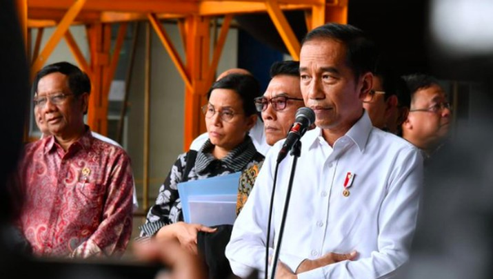 Presiden Joko Widodo (Jokowi) tak ragu menyebut jumlah peraturan perundang-undangan di Indonesia kebanyakan.