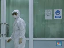 Momen Petugas RSUD Pasar Minggu Antisipasi Virus Corona