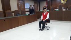 Lutfi 'Pembawa Bendera' Dituntut 4 Bulan Penjara