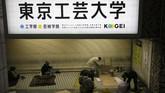 Namun pejabat setempat membantah pihaknya memaksa tunawisma untuk angkat kaki demi pesta olahraga Olimpiade. (AP Photo/Jae C. Hong)