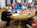 Warga Tangisi Kerabat Terjebak di Wuhan: Tolong Pak Jokowi