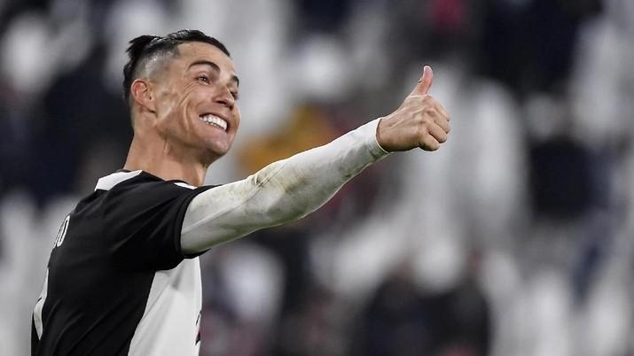 Usai rekan satu timnya terkena corona, apa kabar Ronaldo?