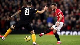 Hasil Liga Inggris: Fernandes Debut, MU Ditahan Imbang Wolves