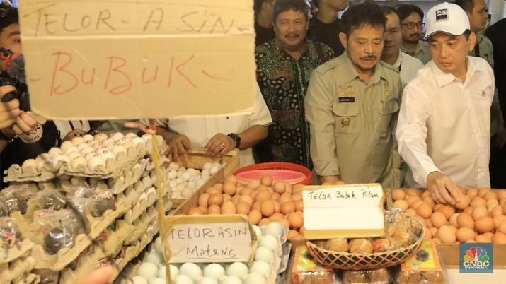 Melihat Duet Mentan dan Mendag Sidak di Pasar Senen. (CNBC Indonesia/Andrean Kristianto)