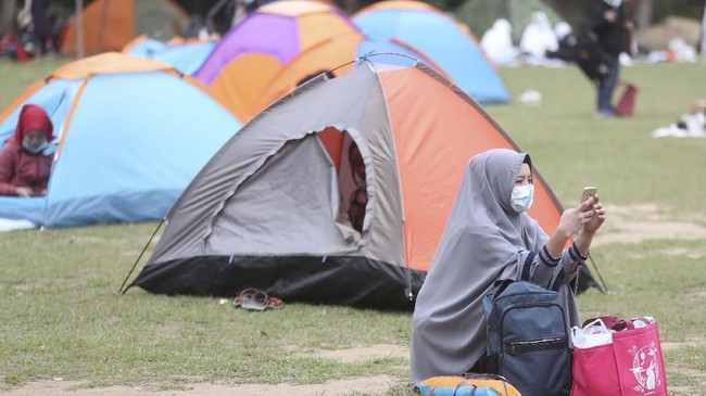 Perwakilan Jaringan Buruh Migran Indonesia di Hong Kong, Eny Lestari, berharap KJRI di Hong Kong lebih aktif dalam menghadapi penyebaran virus tersebut dan tidak hanya menyampaikan imbauan melalui media sosial. (AP Photo/Achmad Ibrahim)